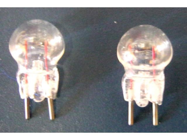 Lampen bi pin ge 12 6 3 volt 150 ma 1 watt seeburg for Lampen 34 volt 3 watt