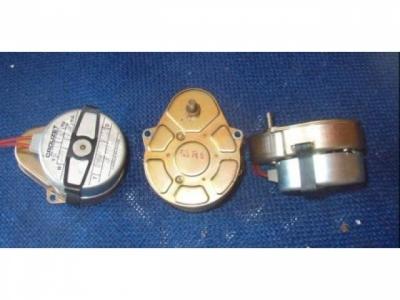 Synchromotor Motoren Crouzet 60Rpm 220V50Hz (Achs D 4mm)