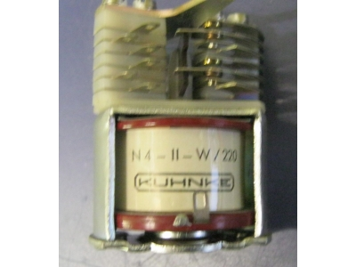 Relay KUHNKE Typ. N4-II-W  Kuax-Normal Relais  220V AC