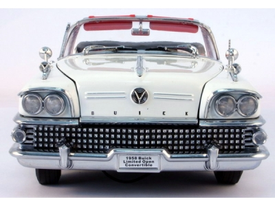 Buick Limited  1:18