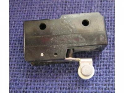 Mikroschalter von  Typ  Micro Z-15GW22 mit Rolle