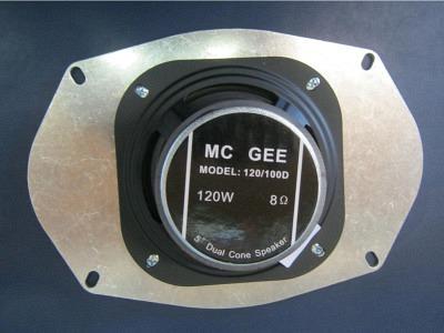 AMI Continental Lautsprecher und  Adapter mit Schrauben Passend